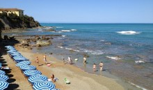 The small beach near Villa Godilonda