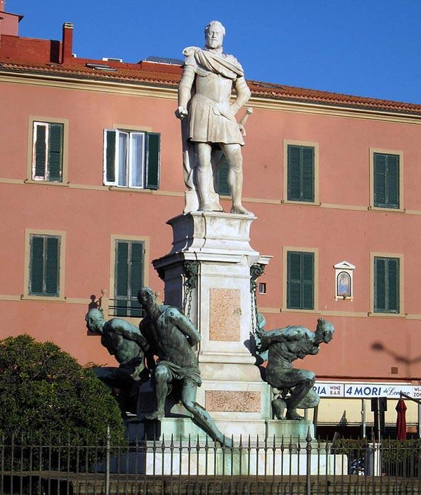 Monumento dei Quattro Mori