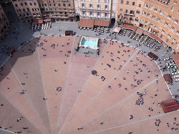 Veduta aerea della Piazza del Campo