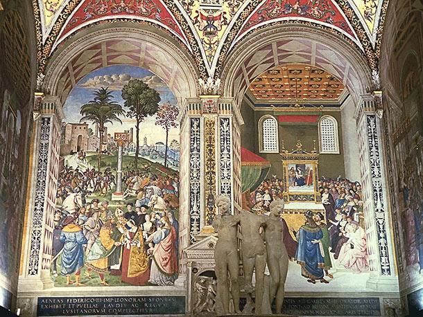 Libreria Piccolomini con affreschi di Punturicchio (1502-1507) e gruppo marmoreo delle Tre Grazie (copia di epoca romana)
